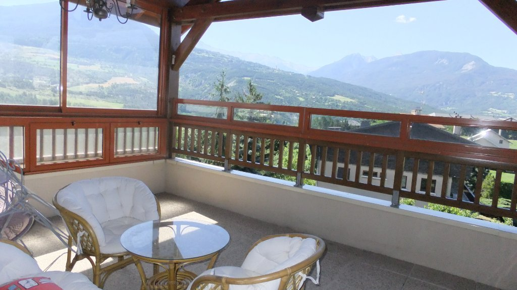APPARTEMENT T4 - EMBRUN - 121,95 m2 - 413 000 €