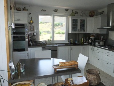 HOUSE FOR SALE - EMBRUN - 182 m2 - 520 000 €