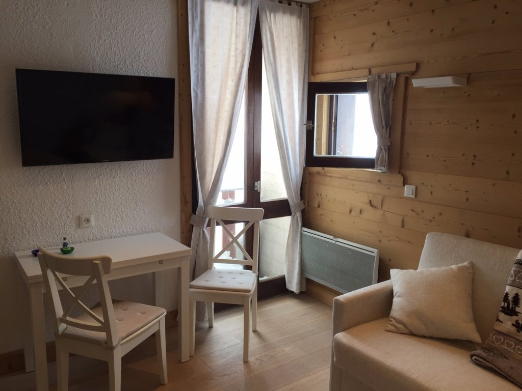 STUDIO FOR SALE - MONTGENEVRE VILLAGE - 17,63 m2 - 87 000 €
