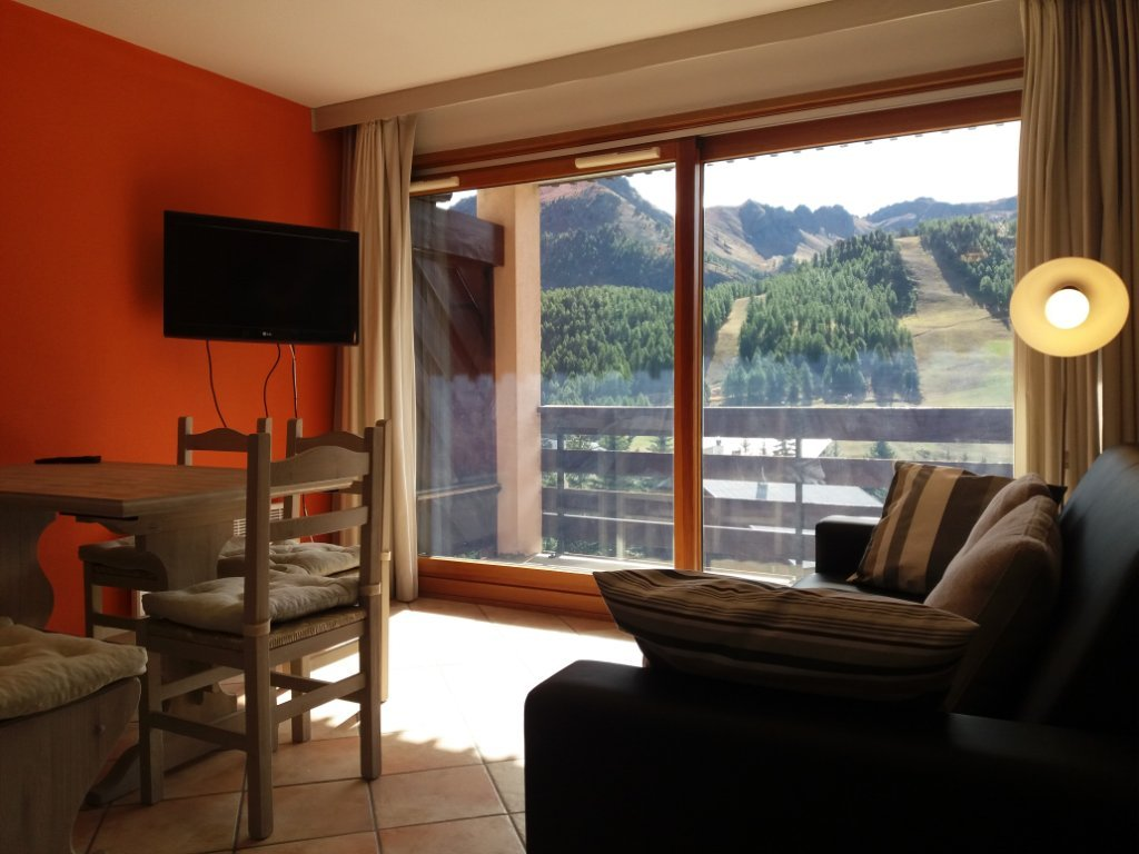 APARTMENT 2 ROOMS FOR SALE - MONTGENEVRE VILLAGE - 35,62 m2 - 232 000 €