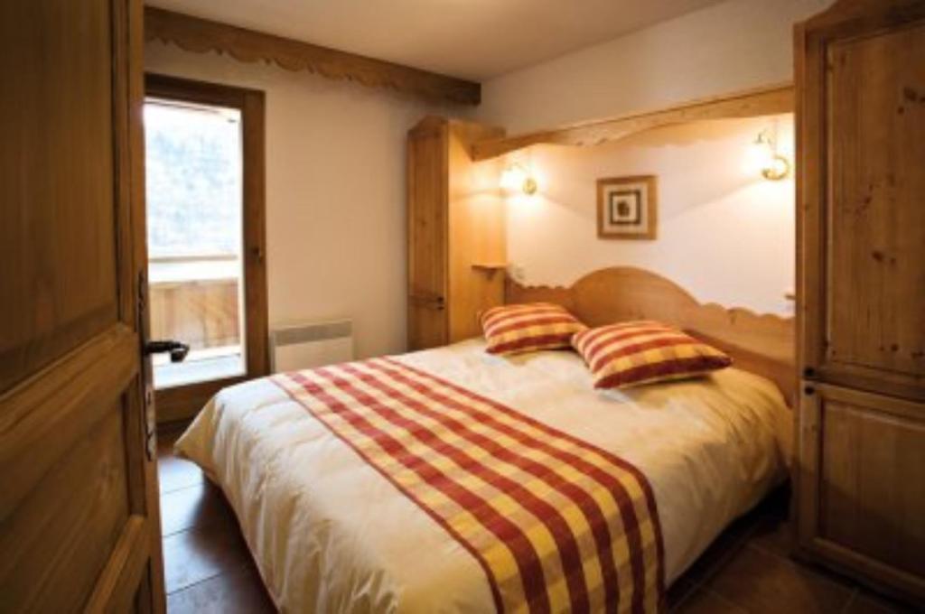 APARTMENT 2 ROOMS FOR SALE - MONTGENEVRE VILLAGE - 38,29 m2 - 170000 €