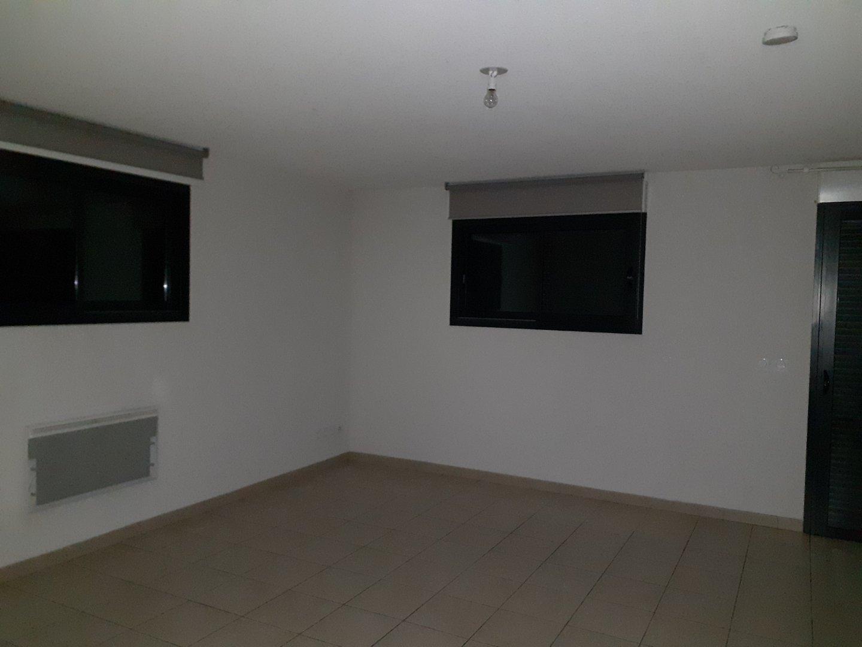 APARTMENT 3 ROOMS - BRIANCON - 79 m2 - RENT