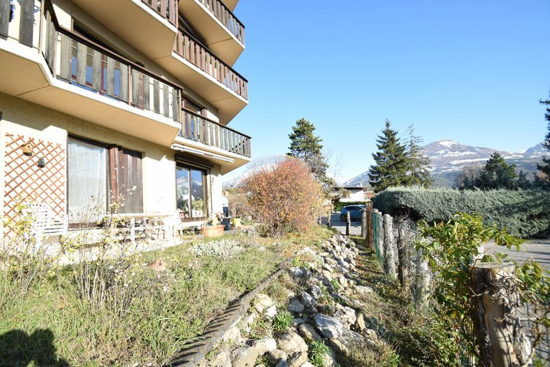 APARTMENT 3 ROOMS FOR SALE - EMBRUN - 78 m2 - 199 000 €
