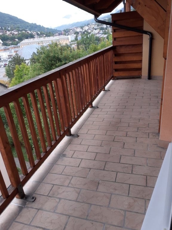 APARTMENT 4 ROOMS - BRIANCON - 74,42 m2 - 1085 € including tenant fees