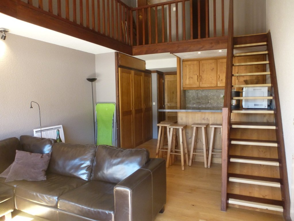 APARTMENT 4 ROOMS - MONTGENEVRE VILLAGE - 56,15 m2 - SOLD