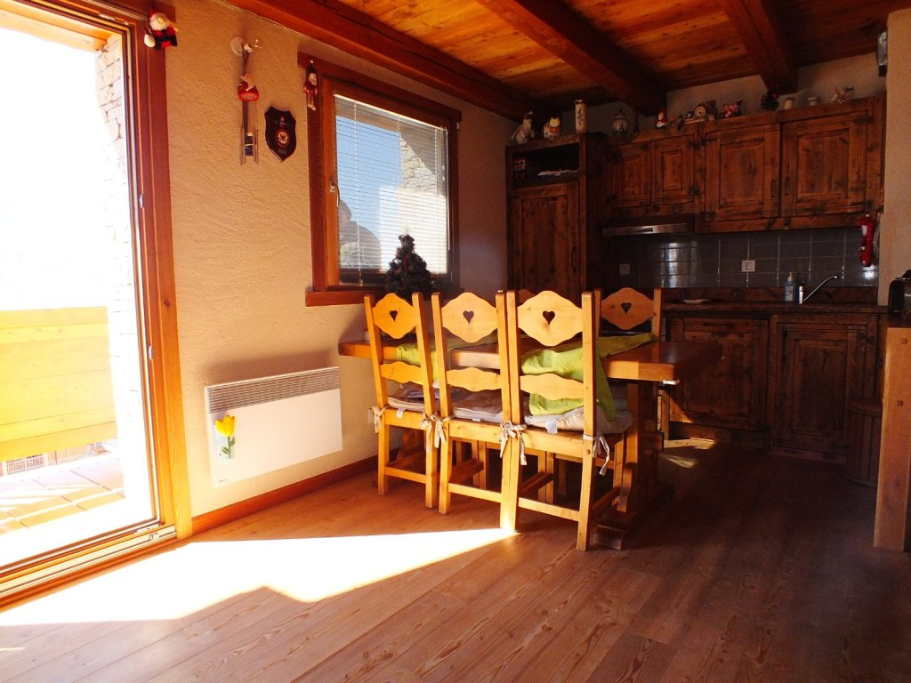 APARTMENT 4 ROOMS - MONTGENEVRE VILLAGE - 54 m2 - SOLD