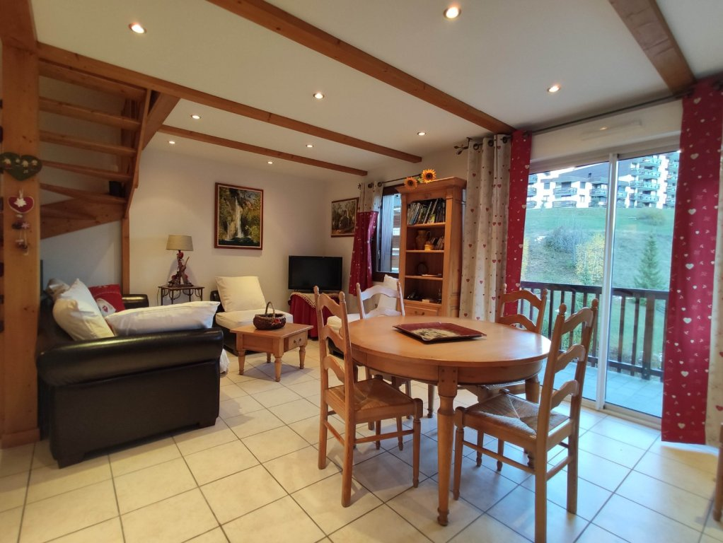 APARTMENT 4 ROOMS FOR SALE - ST CHAFFREY - 60,47 m2 - 435 000 €