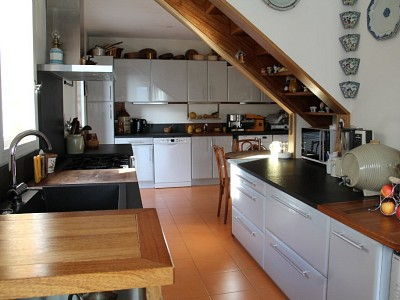 APARTMENT 5 ROOMS FOR SALE - EMBRUN - 172 m2 - 350000 €