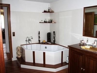 APPARTEMENT T5 A VENDRE - EMBRUN - 172 m2 - 350000 €