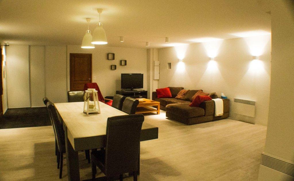 APARTMENT 5 ROOMS FOR SALE - MONTGENEVRE VILLAGE - 157,31 m2 - 409000 €